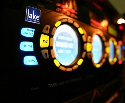 Controlador Dolby Lake
